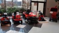 Sestavení, seřízení a připravení traktoru a doprava na paletě